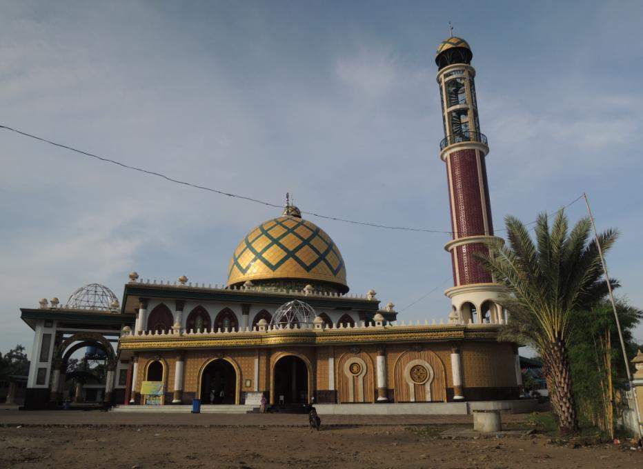 Wisata dan Ziarah di Makam Syaikhuna Kholil Bangkalan