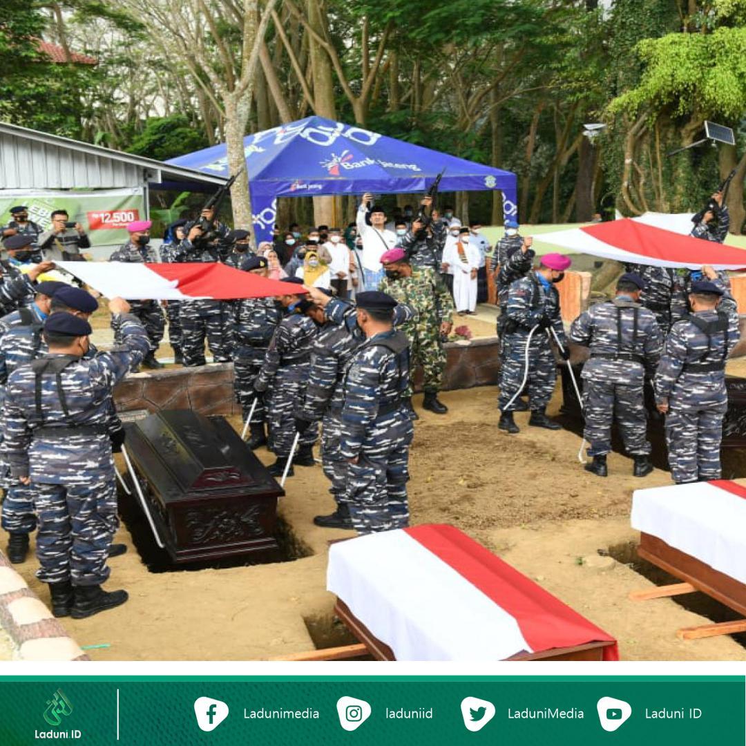 Hadiri Relokasi Makam Pembantaian Ulama dan Pejuang, Habib Luthfi: Hakekatnya Beliau Tidak Mati